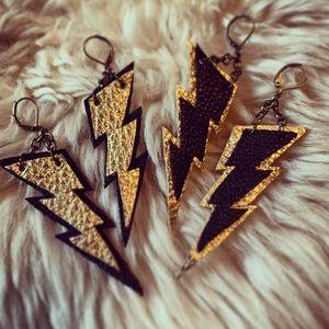 ⚡️⚡️Lightening Bolt Earrings ⚡️⚡️